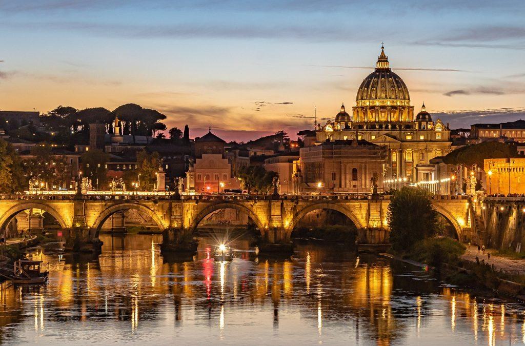 vatikanstaten skymning 1024x675 - Vatikanstaten